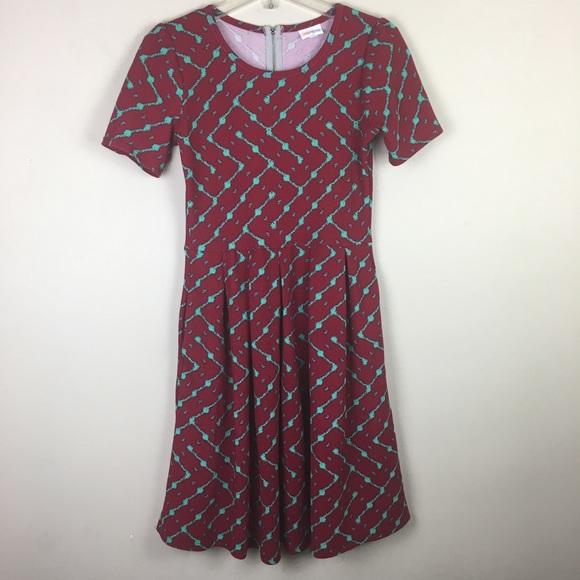 LuLaRoe Dresses & Skirts - LulaRoe Amelia red & green geometric midi dress